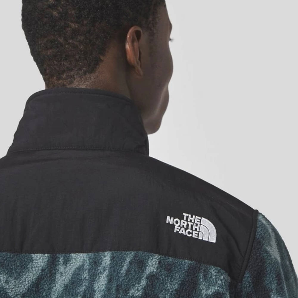 The North Face Print Denali 2 Jacket Black Detail 2