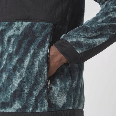 The North Face Print Denali 2 Jacket Black Detail 3